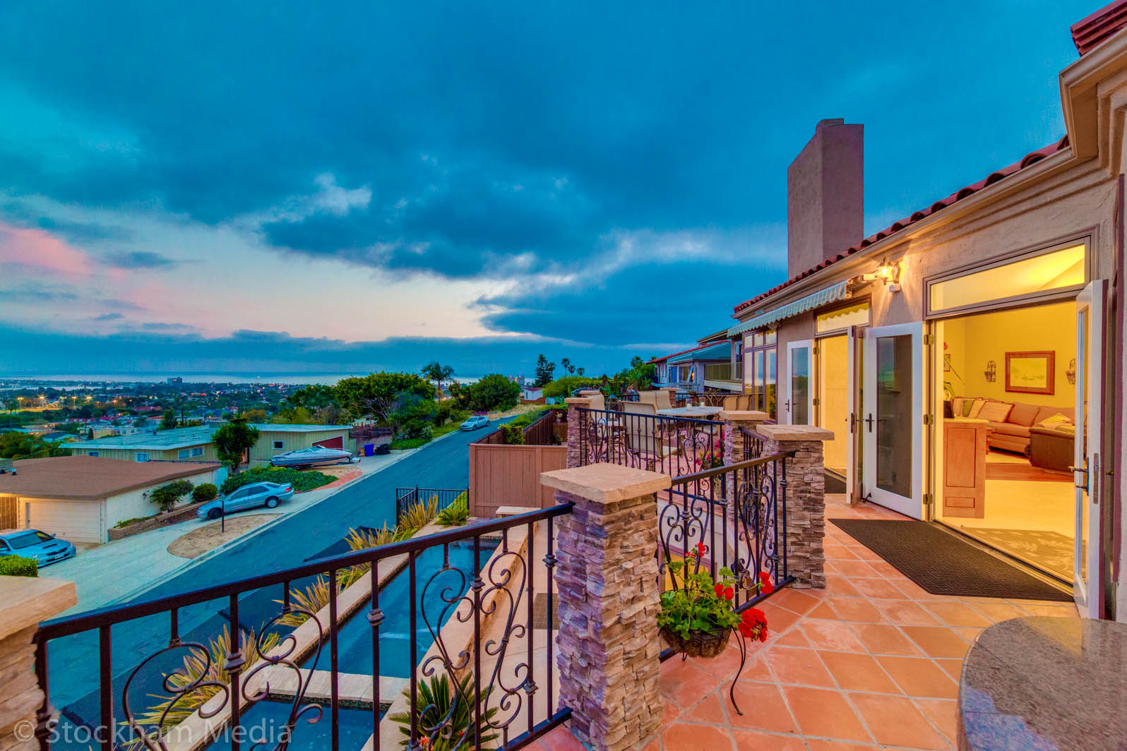 1_twilight_real_estate_photography_ocean_view_san_diego_2