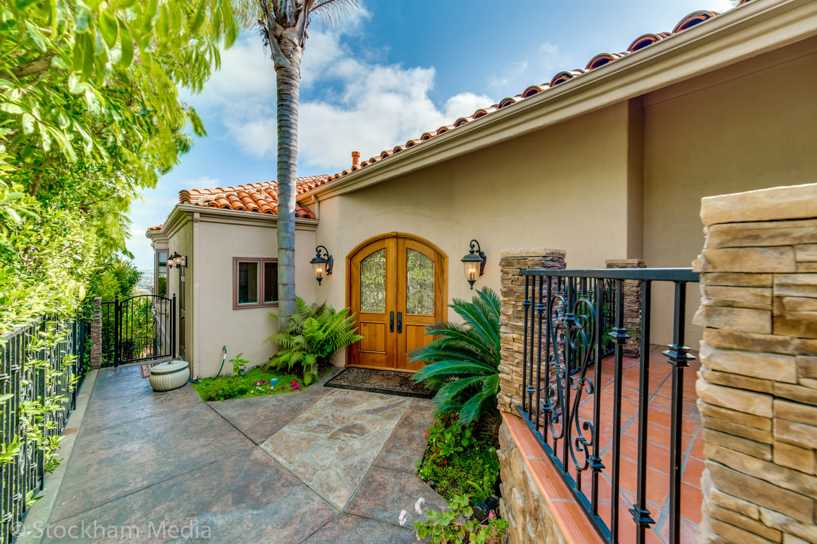 real_estate_photography_san_diego_front_door_1
